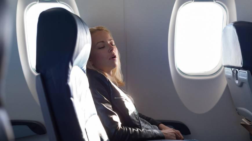 Jet lag: rimedi, cibi e sostanze acceleratori di metabolismo